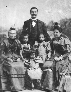 v.l.n.r.: Schwiegermutter Johanna Dorothea Emilie, Sohn Karl, Tochter Maria, Carl Schaaf, Tochter Rosa und Ehefrau Emilie